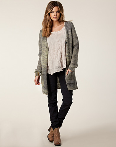 TRÖJOR - LINE OF OSLO / BLUEBERRY CARDIGAN - NELLY.COM