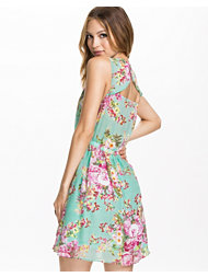 The Style Open Back Floral Dress