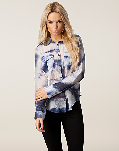 BLUSAR & SKJORTOR - MAISON SCOTCH / FANCY SHIRT - NELLY.COM