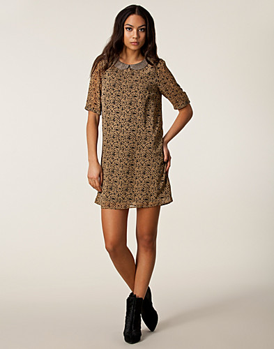 KLÄNNINGAR - MAISON SCOTCH / CUTE FRENCH DRESS - NELLY.COM