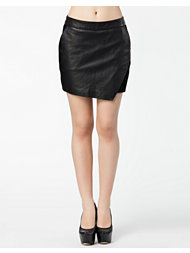 Maison Scotch Leather Skirt