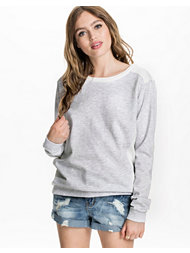 Maison Scotch Diamond Quilting Pullover