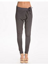 Maison Scotch Embroidery Detail Sweat Pant