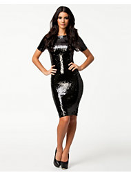 Ax Paris Sequin 3/4 Sleeve Midi Dress