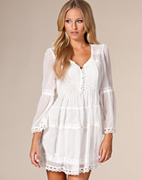 Club L - Malia Long Sleeved Dress