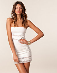 Club L - Bandeau Lace Dress