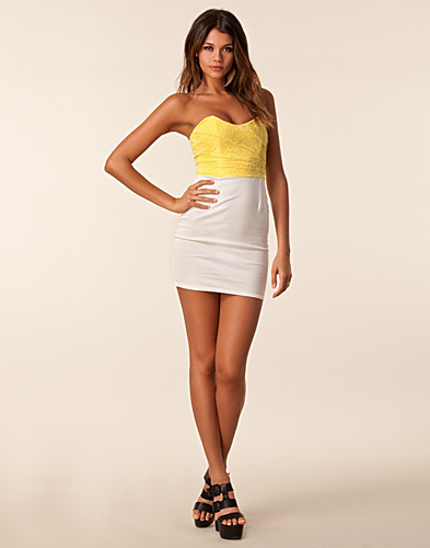 FESTKLÄNNINGAR - CLUB L / LACE UPPER BANDEAU DRESS - NELLY.COM
