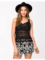 Club L Crochet Cotton Top