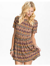 Glamorous Perfect Print Dress