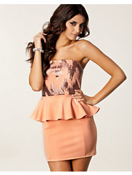 Dark Pink Jess Bandeau Peplum Dress