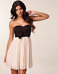 Paprika - Pleated Bow Front Babydoll Dress