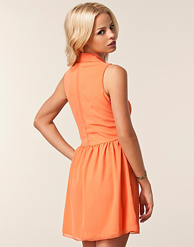 DRESSES - PAPRIKA / CUT OUT FRONT SHIRT DRESS - NELLY.COM