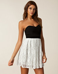 TFNC - Elida Lace Dress