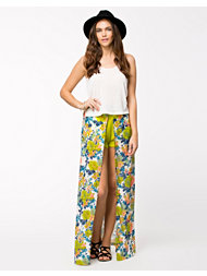 LOVE Split Front Maxi Skirt
