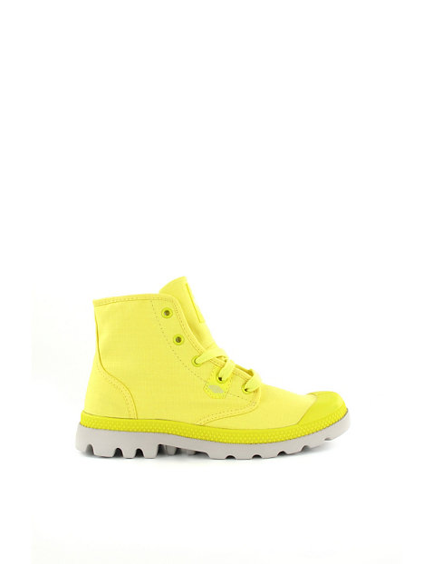 Original Here Are Some Addresses To Visit To Find The Proper Shoes For Your Feet Before The Arrival Of The Snowflakes This Is A Cantmiss Address For Men And Women Who Wish To Stand  Timberland, Palladium, Keds, Sperry, Converse And TOMS