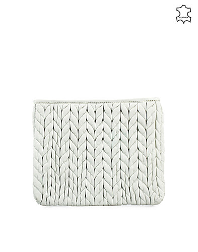 VÄSKOR - SELECTED FEMME / QUILTED CLUTCH - NELLY.COM