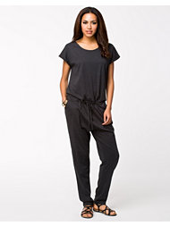 Vero Moda Arrow Jumpsuit