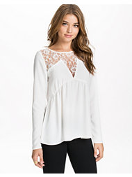 Vero Moda Viola Lace Top