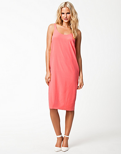 Fria Strap Dress - Samsøe Samsøe - Salmon - Dresses - Clothing - NELLY.COM :  eur 13895 sexy dresses