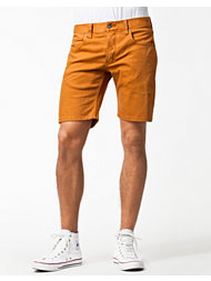 Elvine No 3 Shorts