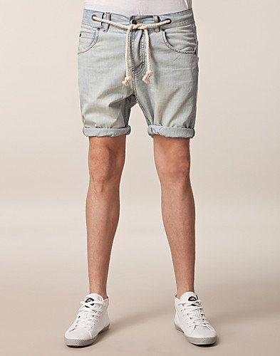 BYXOR & SHORTS - SOMEWEAR / DENIM SHORTS - NELLY.COM