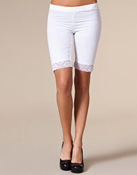 Vila Basic - Surface Lace Shorts