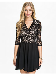 John Zack Scallop Lace Babydoll Dress