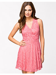 Sisters Point Noon Dress