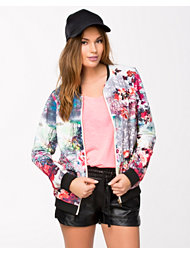 Sisters Point Gusha Jacket
