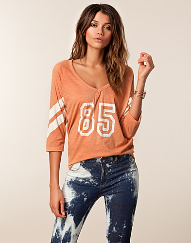 TOPPE - NLY TREND / TROUBLE TOP - NELLY.COM