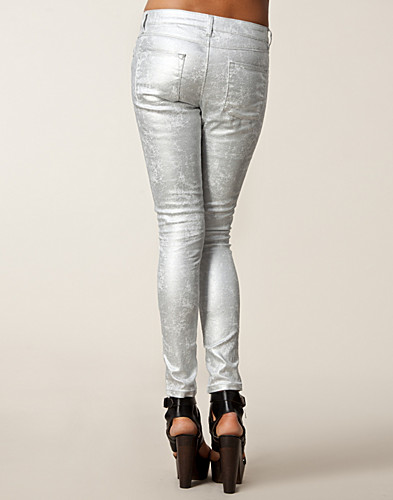 BYXOR & SHORTS - NLY TREND / RECORD PANTS - NELLY.COM