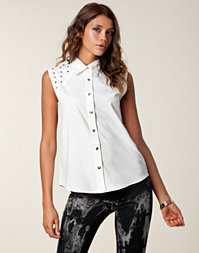 Nelly Trend - Studded Top