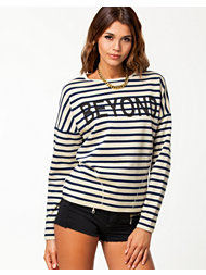 NLY Trend Beyond Sweater