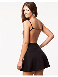 NLY Trend Open Back Dress