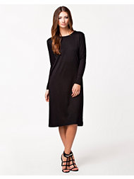 NLY Trend Midcalf Dress