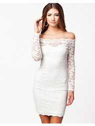 NLY Trend Off Shoulder Lace Dress