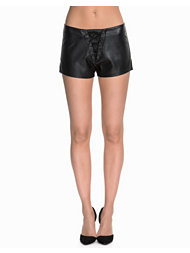 NLY Trend Lace Up PU Shorts