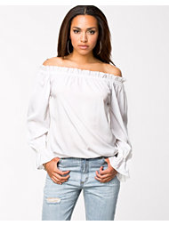 NLY Trend Off Shoulder Blouse