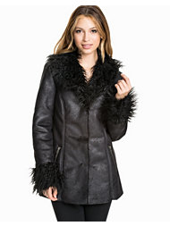 NLY Trend Faux Fur Jacket