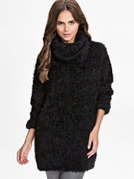 NLY Trend Fuzzy Turtleneck Sweater