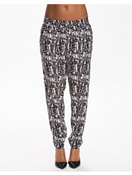 NLY Trend Relaxed Pants