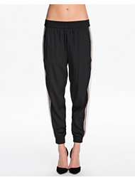 NLY Trend Loose Sport Pants