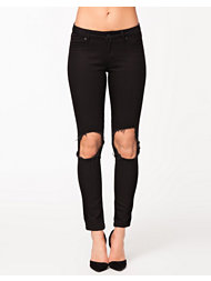 NLY Trend Destroyed Jeans