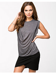 NLY Trend Draped Tanktop