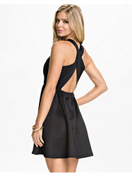 NLY Trend Overlap Back Dress