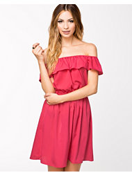 NLY Trend Off Shoulder Frill Dress