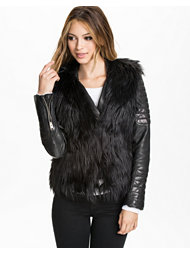 NLY Trend Short Fur Waistcoat