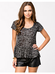 NLY Trend Burnout Peplum Top