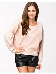 NLY Trend Quilted Sweater