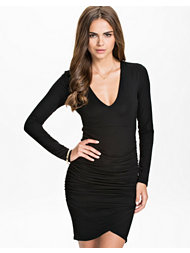 NLY Trend Overlap Dress